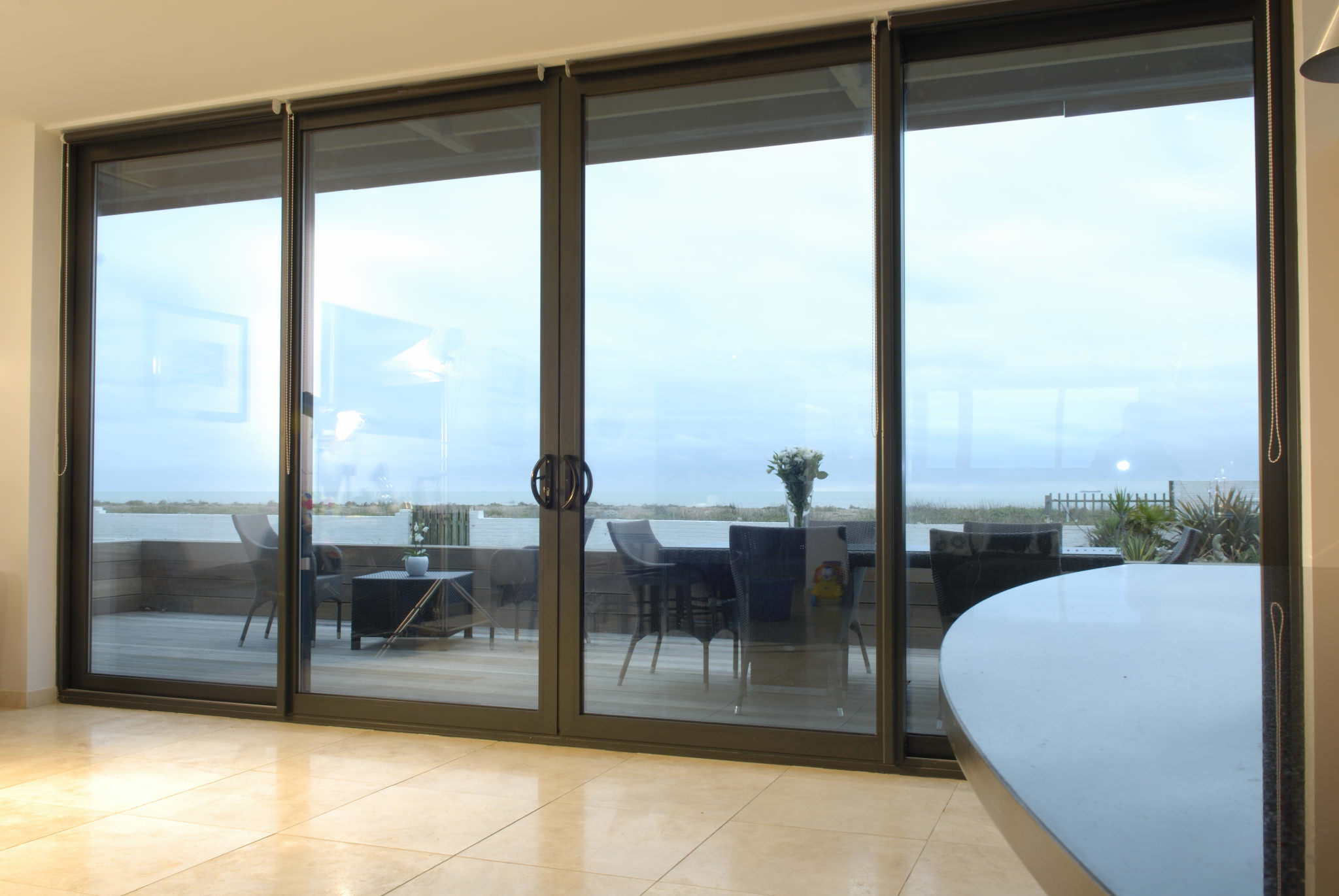 Aluminium patio doors kedleston derbyshire and derby for Aluminium patio doors